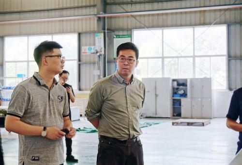 江阴市发改委陪同媒体调研法尔胜悦能